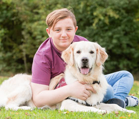 hearing dog help deaf person
