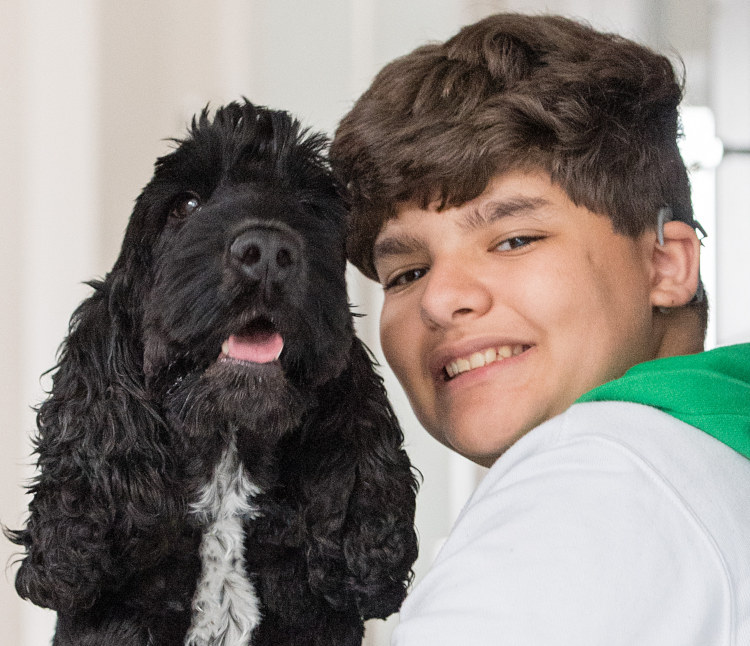 Rayane and hearing dog Diesel